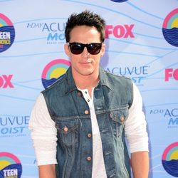 Michael Trevino en la gala Teen Choice Awards 2012