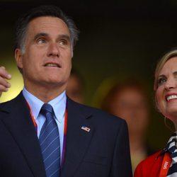 Mitt Romney y su mujer Ann en la ceremonia de inauguración de los Juegos Olímpicos