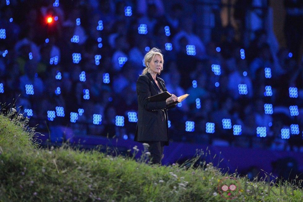 JK Rowling en la ceremonia de inauguración de los Juegos Olímpicos