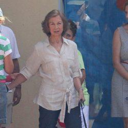 La Reina Sofía llevó a sus nietos Marichalar a un curso de vela en Mallorca