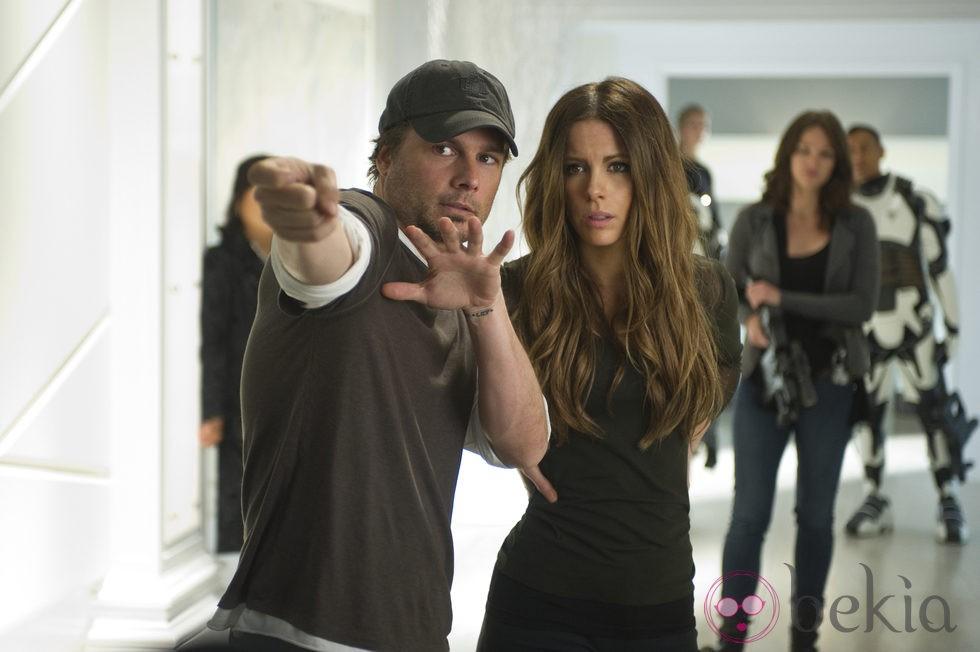Kate Beckinsale y Len Wiseman durante el rodaje de 'Desafío total'