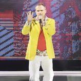 Miguel Bosé actuando en el Festival Starlite 2012 de Marbella