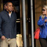 Rita Ora en compañía del rapero Jay-Z