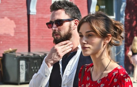 Adam Levine y Keira Knigthley durante el rodaje de la película 'Can a song save your life?'