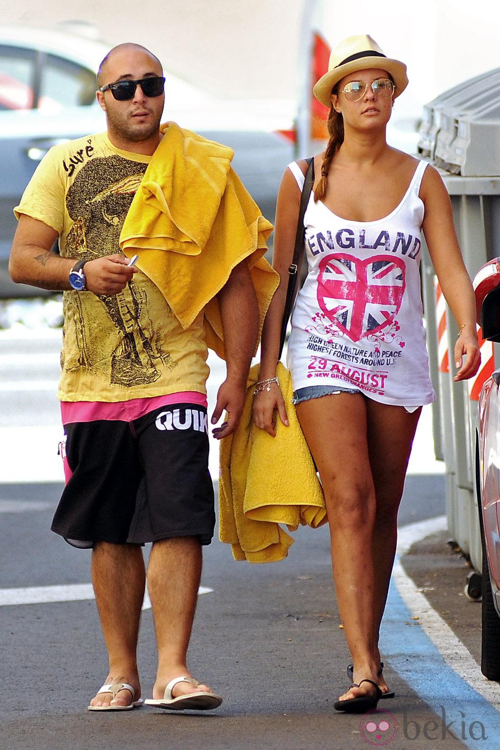 Kiko Rivera y Jessica Bueno paseando por Cádiz