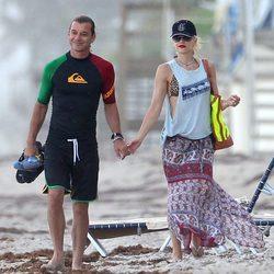 Gwen Stefani y su marido Gavin Rossdale en las playas de Miami