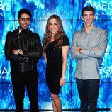 Michael Phelps, Abhishek Bachchan y la nadadora Natalie Coughlin en Londres