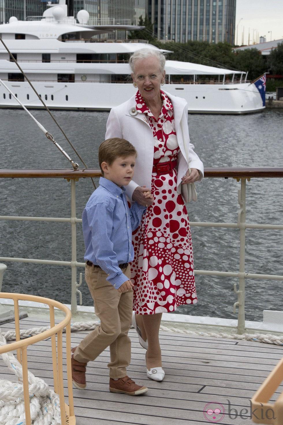 La Reina Margarita y Christian de Dinamarca en la recepción en el Dannebrog en Londres 2012