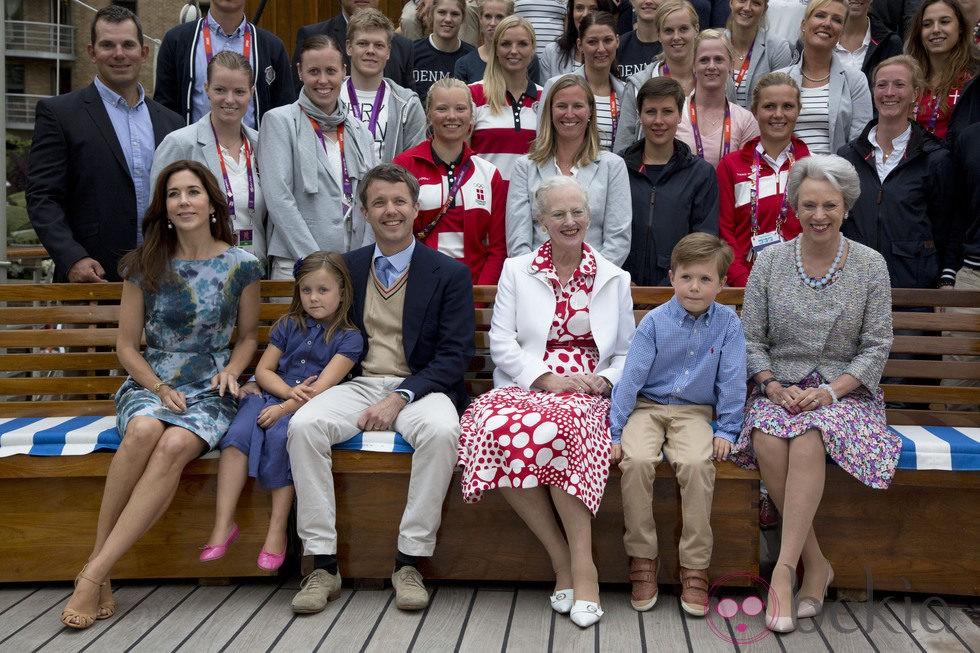 La Familia Real Danesa en la recepción ofrecida a los deportistas en Londres 2012