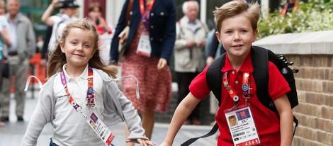 Christian e Isabel de Dinamarca corren para llegar a una recepción en Londres 2012