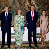 Los Reyes y los Príncipes Felipe y Letizia en la cena a las autoridades de Baleares