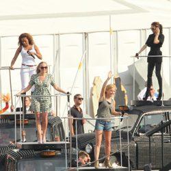 Las Spice Girls en un descanso del ensayo de su actuación en la ceremonia de clausura de los JJ.OO de Londres 2012