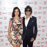 Ronnie Wood y Sally Humphreys en la cena benéfica Fashion for Relief