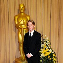 Macaulay Culkin en la sala de prensa de la ceremonia de los Oscars