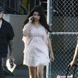Selena Gomez en un descanso del rodaje de 'Feed the Dog'