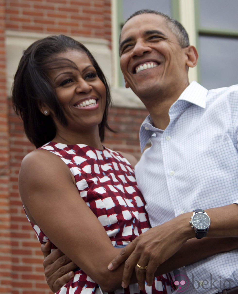 Barack y Michelle Obama, muy cómplices durante un acto de la campaña electoral