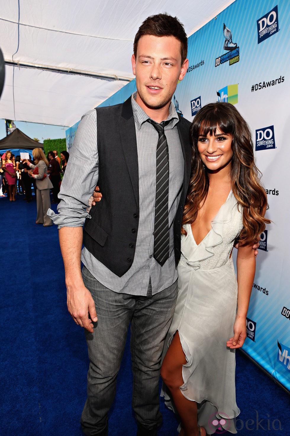 Cory Monteith y Lea Michele en la entrega de los premios Do Something 2012