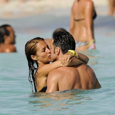 David Bustamante y Paula Echevarría besándose en Formentera