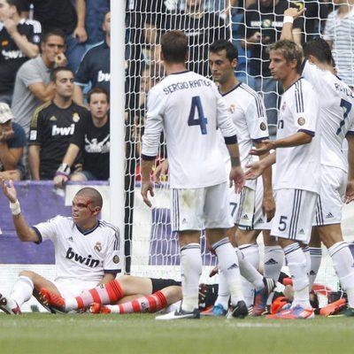 Iker Casillas, Pepe y Sergio Ramos sufren un choque en el Real Madrid - Valencia