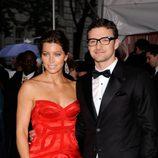 Justin Timberlake y Jessica Biel vestidos de gala