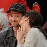 Jessica Biel besa cariñosamente a Justin Timberlake