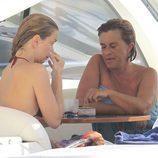 Sofía Mazagatos y Chelo García Cortés juntas de vacaciones en Ibiza