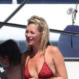 Kate Moss en bikini durante sus vacaciones en Saint Tropez
