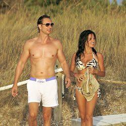 Javier Cárdenas y Paula Prendes en Ibiza