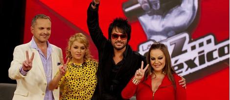 Miguel Bosé, Paulina Rubio, Beto Cuevas y Jenni Rivera en la presentación del programa 'La Voz' en México