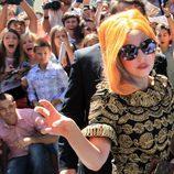 Lady Gaga con el pelo naranja en Bucarest