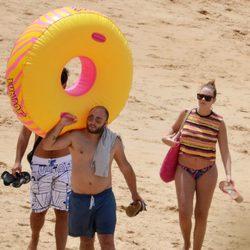 Kiko Rivera y Jessica Bueno embarazada en las playas de Cádiz