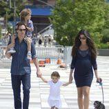 Matthew McConaughey y Camila Alves disfrutan de un día en familia en Nueva York