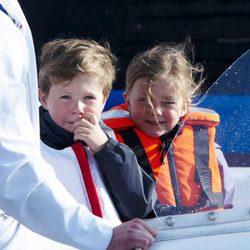 Christian e Isabel de Dinamarca en una jornada de navegación