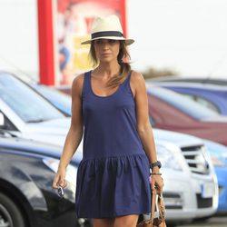 Una estilosa Paula Echevarría se dispone a realizar unas compras