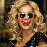 Primer plano de Rita Ora en la presentación de su disco 'Ora' en Londres