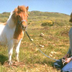 Una joven Lady Di con un poni en 1974