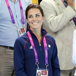 Kate Middleton en una prueba de natación de los Juegos Paralímpicos de Londres 2012