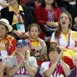 La Infanta Elena y sus hijos animan a los deportistas en los Paralímpicos de Londres 2012