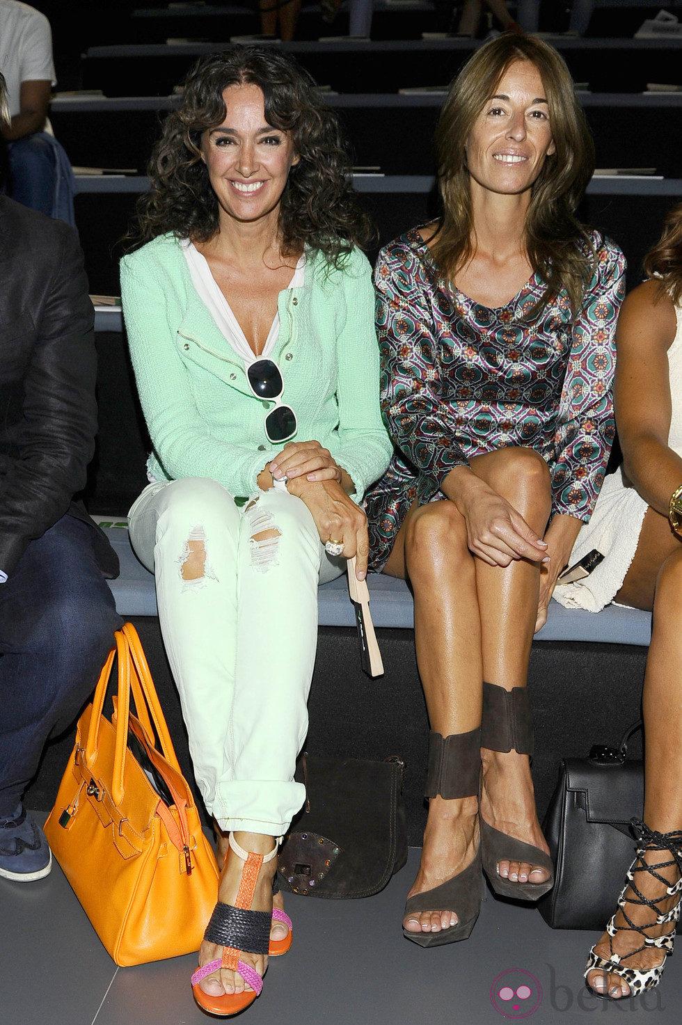 La ex Miss España Garbiñe Abasolo y Mónica Martin Luque en la presentación de la colección de Devota&Lomba