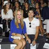 Esmeralda Moya y su marido Carlos García en la presentación de la colección de Roberto Verino