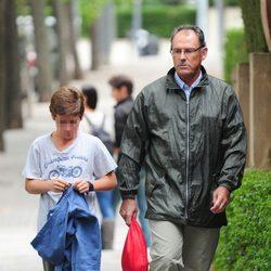 Mario Pascual Vives y su hijo