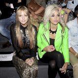 Laura Hayden y Silvia Superstar en el front row de Carlos Díez y María Escoté en la Fashion Week Madrid