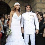 Toño Sanchís y Lorena Romero en su boda
