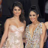 Selena Gomez y Vanessa Hudgens en la premiere 'Spring Breakers' en la Mostra de Venecia 2012
