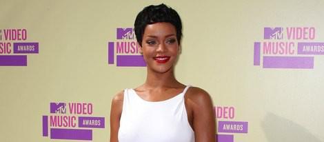 Rihanna posando en los MTV Video Music Awards 2012