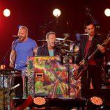 Coldplay durante su actuación en la clausura de los Juegos Paralímpicos de Londres 2012