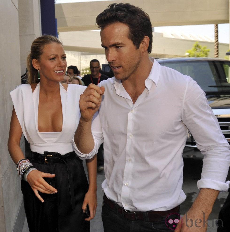 Ryan Reynolds y Blake Lively durante la Comic-Con 2010 en San Diego