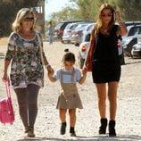 Paula Echevarría recoge a su hija Daniella del colegio