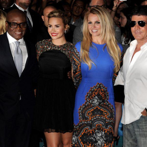 Demi Lovato y Britney Spears plasman sus huellas por el estreno de 'X Factor'