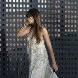 Sara Carbonero se esconde de los fotógrafos